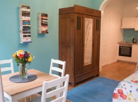Schönes Apartment Blau zentral