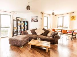 Beautiful and New Home for 5 in West Cambridge, Кембридж (рядом с городом Coton)