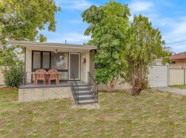 Cosy, Neat and Convenient Holiday House, Perth (Gosnells yakınında)