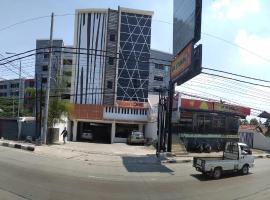 Front One Inn Semarang, Семаранг (рядом с городом Kalibanteng-kidul)