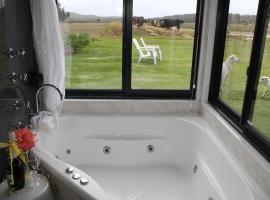 White Dog Lane Cottage Farm Stay