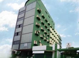 Halley Plaza Hotel, Unaí (Palmital yakınında)