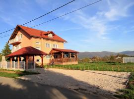 Quadruple Room Covici 14302a, Оточац (рядом с городом Krasovčevo Selo)