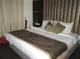 Green Leaves Hotel, Hyderabad