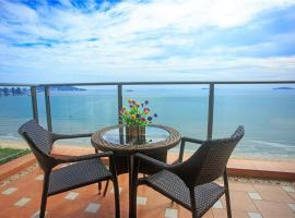Sanya Blue Bay Sea View Apartment, Sanya (Jinjiling yakınında)