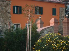 Casa Il Gallo, Castellina Marittima (Rosignano Marittimo yakınında)