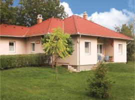 Three-Bedroom Holiday Home in Tordas, Tordas (рядом с городом Baracska)