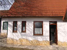 Two-Bedroom Holiday Home in Kisszekely, Kisszékely