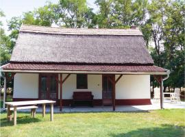 One-Bedroom Holiday Home in Palmonostora, Pálmonostora (рядом с городом Petőfiszállás)