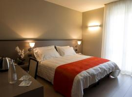 Zara Rooms & Suites, Suzzara