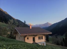 Chalet Gstaadblick, Gstaad (Hornkessel yakınında)