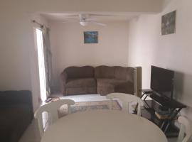 DawnLee's Mangrove Apartment A, Saint Philip (Heddings yakınında)