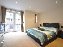 Chorleywood Apartment, Chorleywood