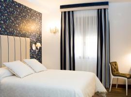 Hotel Hierbaluisa, Alarcón