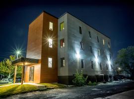 Clifton Hill Condos 3B
