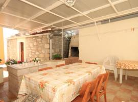Apartment Veli Rat 437c