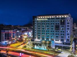 那格亞希爾巴達姆酒店, 納柯亞