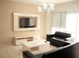 Beautiful 3 Bedroom Apartment, Беэр-Шева (рядом с городом Ẕe'elim)