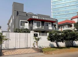 OYO Townhouse 027 Sector 15 Gurgaon