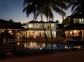 Coral Cay Villas, Cherryfield