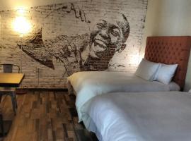 Piki Hotel y Hostal
