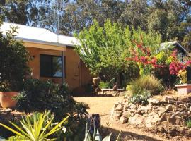 Kangaroo Hill Studio, Castlemaine (Harcourt yakınında)