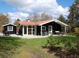Holiday Home Birkely in Sæby 098724, Frederikshavn (nära Sæby)
