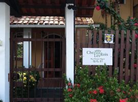 Chez Les Rois Guesthouse