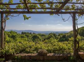 Property with pool and panorama in Tuscany, Roccatederighi