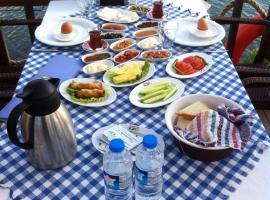 Deniz Kizi Hotel, Gumuldur (in de buurt van Ozdere)