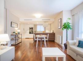 Hi Valencia Apartments - Jorge Juan