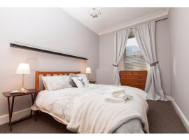 Charming 2-BR Flat for 4 in Quiet Corstorphine