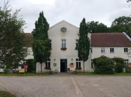 Gaststätte Zum Storchennest Inh.Peggy Cyllik, Ankershagen (Marihn yakınında)