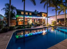 Shute Thru Holiday Home - Shute Harbour, Airlie Beach
