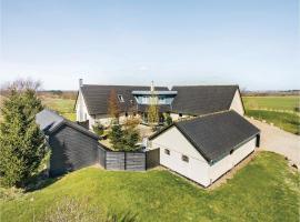 Four-Bedroom Holiday Home in Spottrup, Spottrup (Nymølle yakınında)