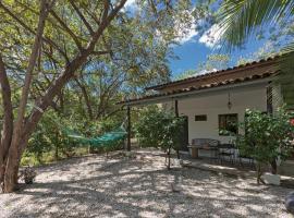 Villa Boruca, Playa Grande (Refundores yakınında)