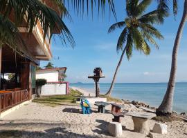 First Villa Beach Resort, Baan Tai