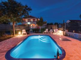 Villa Laura with pool, Budak, Zadar county, Stankovci (рядом с городом Bila Vlaka)