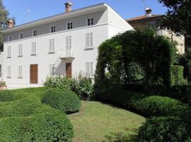 Dimora della Gran Farnia, Castelvetro Piacentino