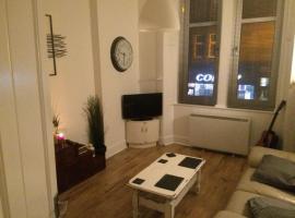 Whole 1 bedroom flat, free parking, Glasgow