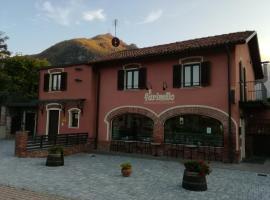 """Guest House """" IL FARINELLO """", Garessio"""