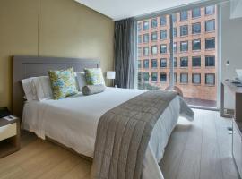 100 Luxury Suites