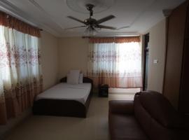 X-Class Guesthouse, Cape Coast (Regiooni Abura-Asebu-Kwamankese lähedal)