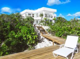 White Ocean Coral – Private Beach Resort, Bailey Town (Old Bight yakınında)