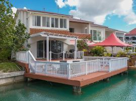 Villa Lena, Bolans (Jolly Harbour yakınında)