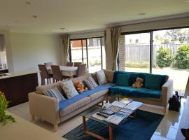 GEELONG GOLF BRAND NEW HOUSE-FAMILY HOME