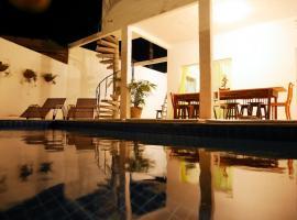 Casa do Sol - Pousada Share House, Tibau do Sul (Cururu yakınında)