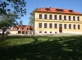 Hotel Gandalf, Svojšice (Horní Staňkov yakınında)
