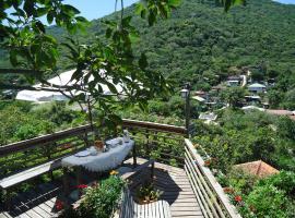 Casa Na Montanha, Florianópolis (Enseada do Brito yakınında)