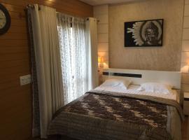 Beautiful Apartments at Tarudhan Valley Golf Resort, Manesar